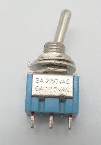 Ver informacion sobre INTERRUPTOR MINI 3P. (SPDT) ON-OFF-ON, 120V. - 5A (250V.- 2A), ECONOMICO